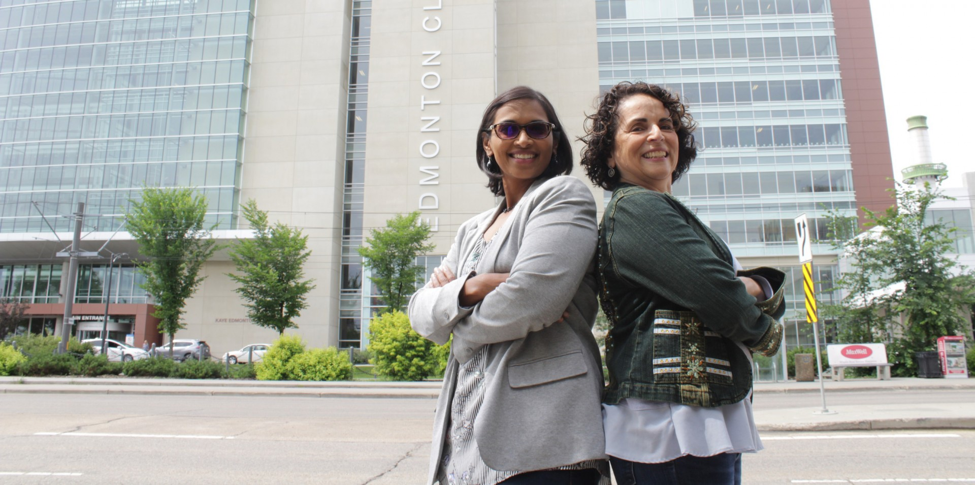 Physicians Meena Kalluri and Janice Richman-Eisenstat believe the model they use to treat patients with a terminal lung disease—which enables more patients and caregivers to manage the disease at home, leading to higher patient satisfaction and lower costs—can be used to treat other chronic and terminal illnesses. (Photo: Ryan O'Byrne)