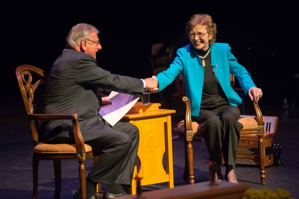 Mary Robinson shakes hands with former U of A board chair Jim Edwards.