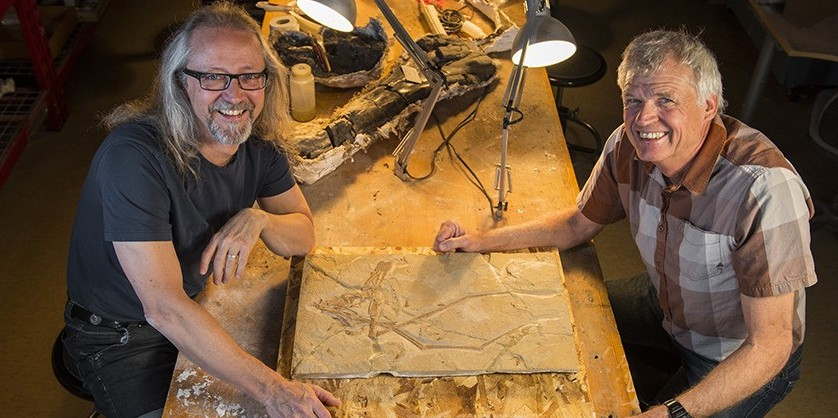 Michael Caldwell and Philip Currie with the new pterosaur prior to its return to Lebanon.
