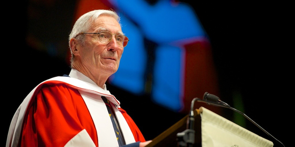 Robert Church addresses graduands of the Faculty of Agricultural, Life and Environmental Sciences after receiving his honorary degree. (Photo: Richard Siemens)