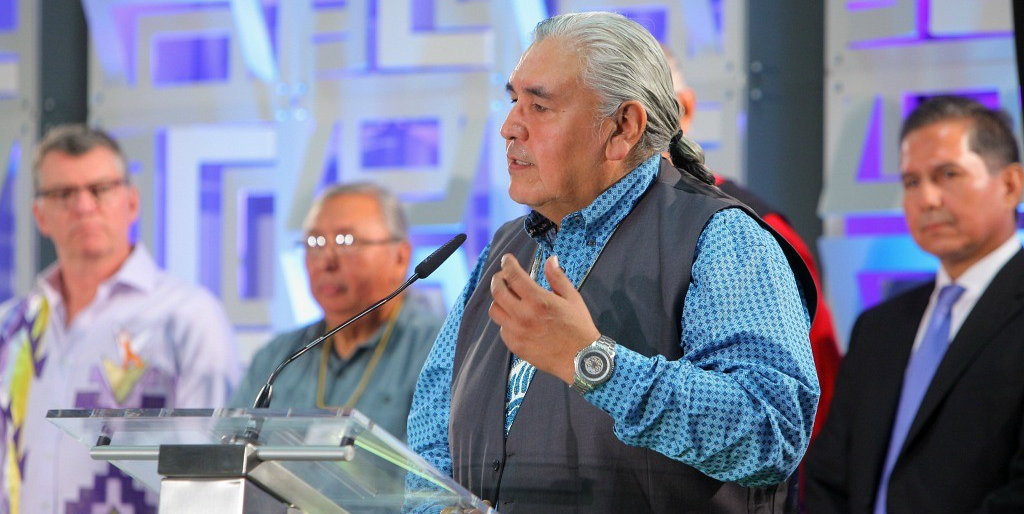 Chief Wallace Fox of the Onion Lake First Nation speaks at the 2016 Building Reconciliation Forum held at the UAlberta on September 28th and 29th. Fox created a ceremonial walking stick that was transferred to the U of A as a symbol of ongoing reconciliation. (Photo: Ellis Brothers Photography)