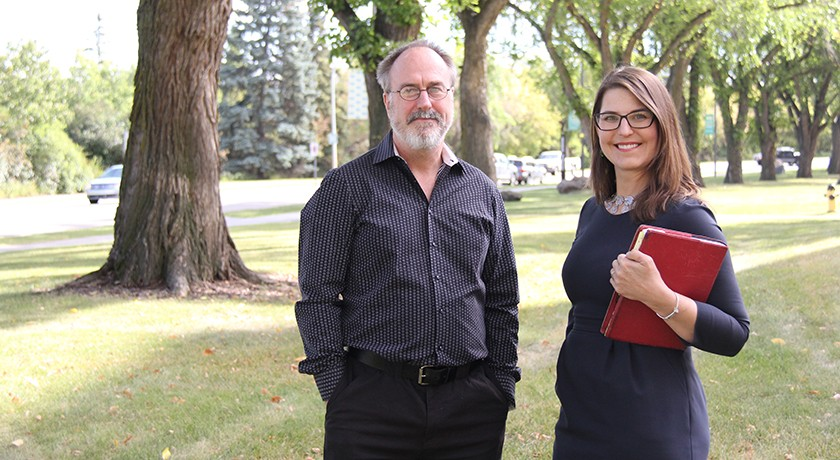 (From left) Psychology professor Chris Westbury and engineering professor Lianne Lefsrud.