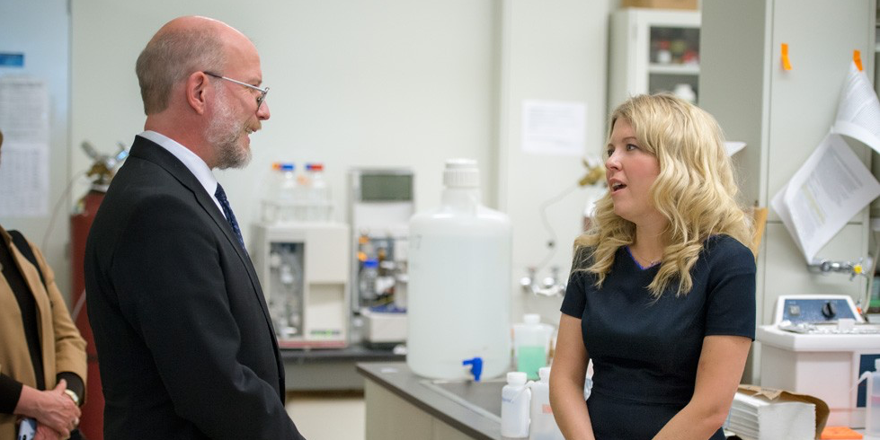 David Wishart speaks with Minister Michelle Rempel during a lab tour following the announcement of a $3M investment from Western Economic Diversification Canada in equipment for the new Metabolomics Technology Demonstration Centre at UAlberta. (Photo: Richard Siemens)