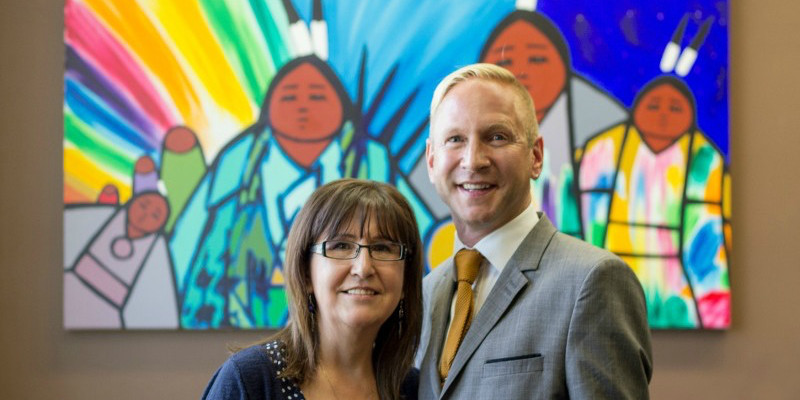 Evelyn Steinhauer with interim dean of education Randy Wimmer (Photo: Faculty of Education)