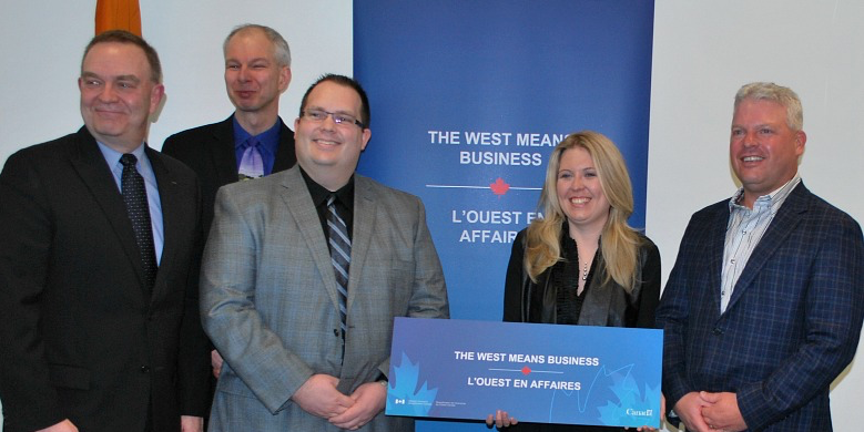 (From left) Gordon Cove, president and CEO of Alberta Livestock and Meat Agency; Ruurd Zijlstra, animal scientist at UAlberta; Jeff Johnston, VP of research and innovation at Champion Petfoods; Minister of Western Economic Development Michelle Rempel; and Dave Johnston, COO of Elmira Pet products, announce $1.6M in funding and support for a new pilot extruder at UAlberta.