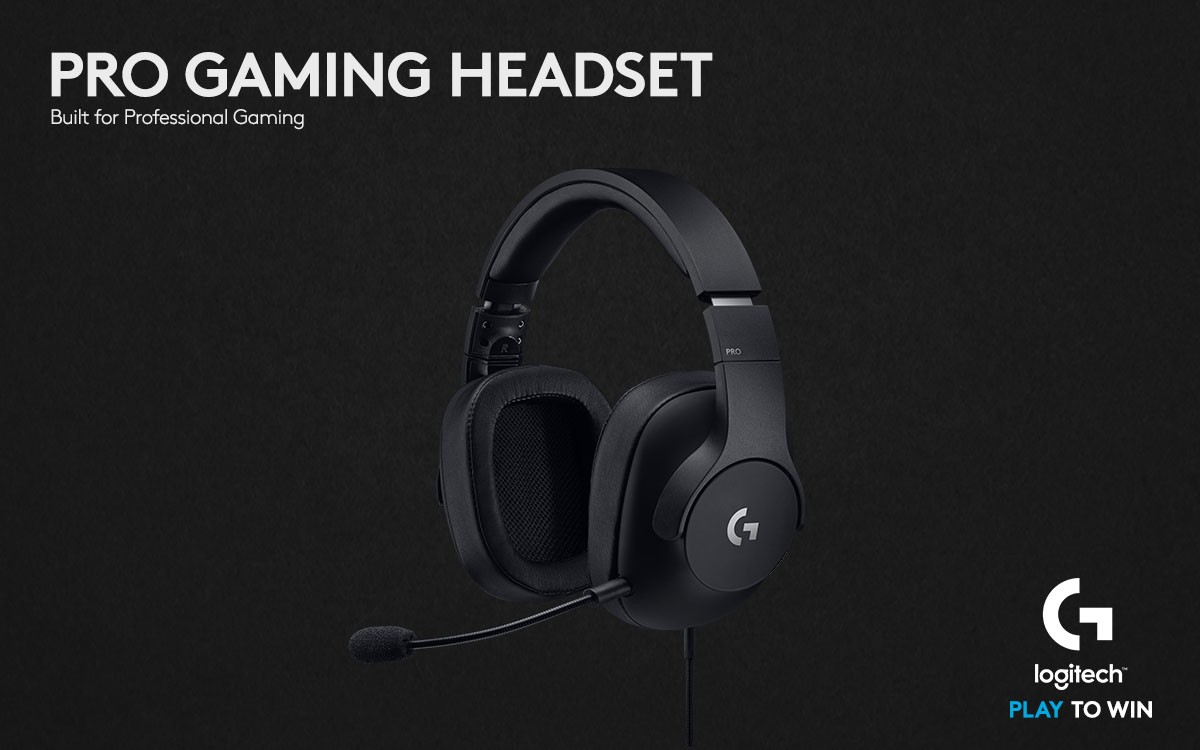 Pro Gaming Headset Glamour Gallery Angle