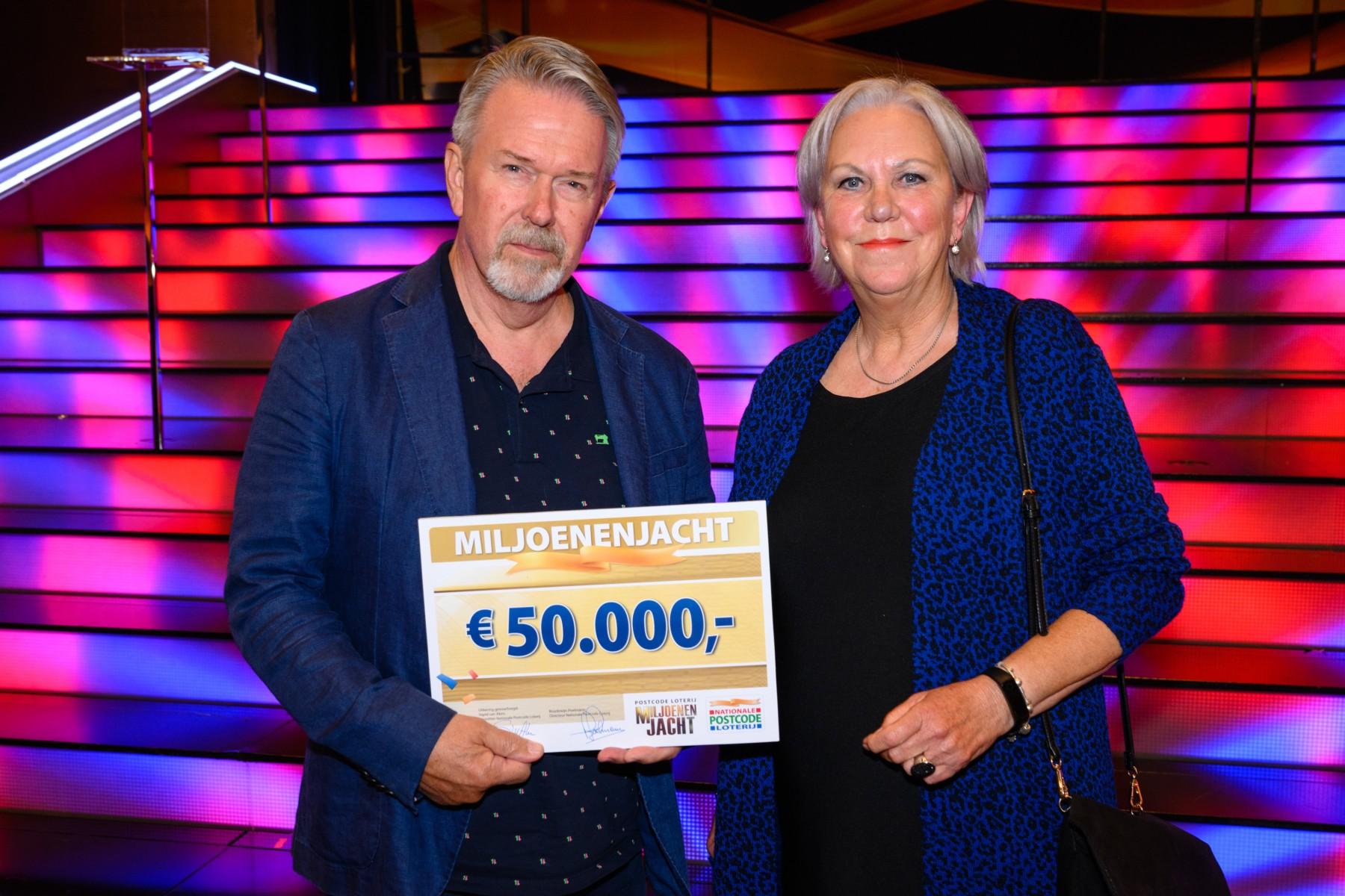 Gouden Bel Levert Wim Uit Geldrop 50 000 Euro Op Bij Tv Show Miljoenenjacht
