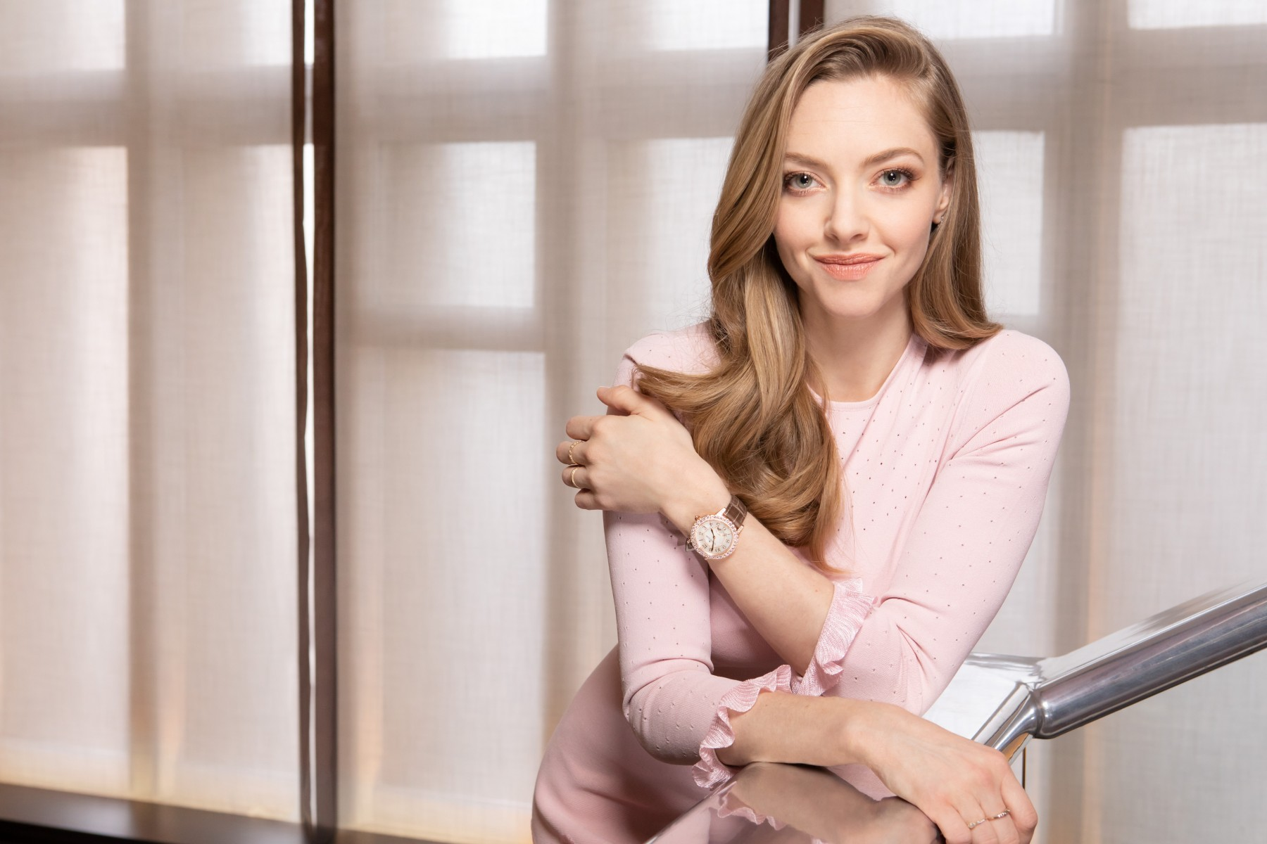 Amanda Seyfried wearing the Jaeger-LeCoultre Rendez-Vous Night & Day Jewellery - SIHH 2019 @fabricedallanese