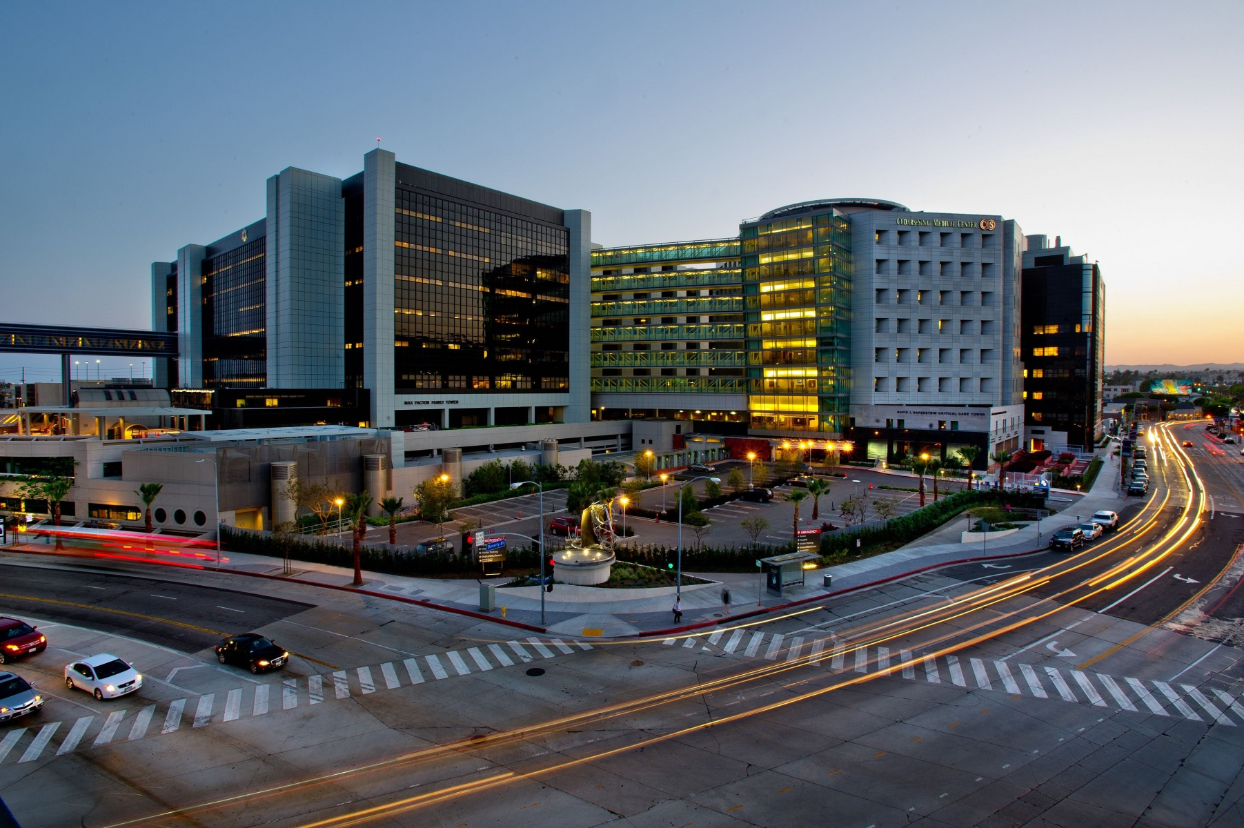 Cedars-Sinai Medical Center has earned a five-star rating from the Centers for Medicare and Medicaid Services. Photo by Cedars-Sinai.