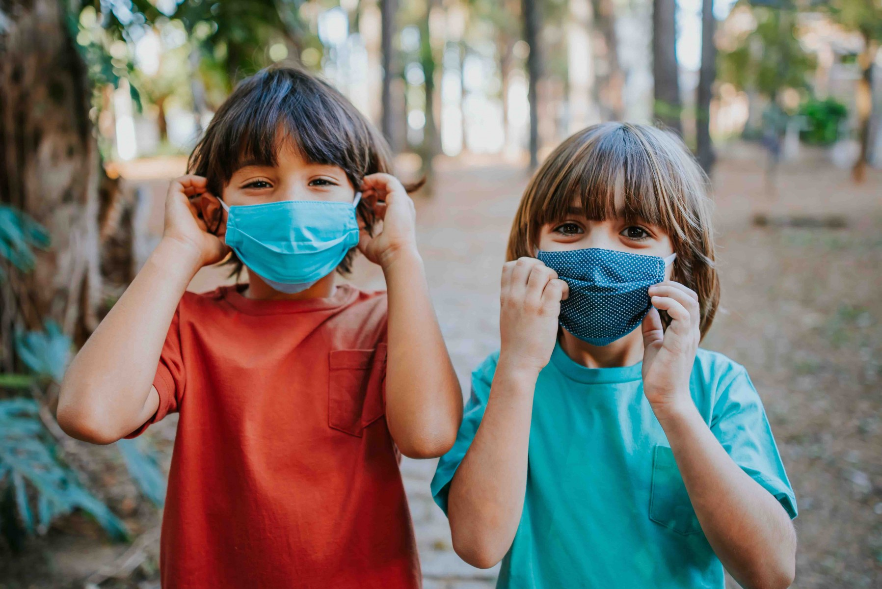 When joining a pandemic learning pod, the key to health and safety is setting firm guidelines, according to Cedars-Sinai pediatricians. Photo by Getty Images.