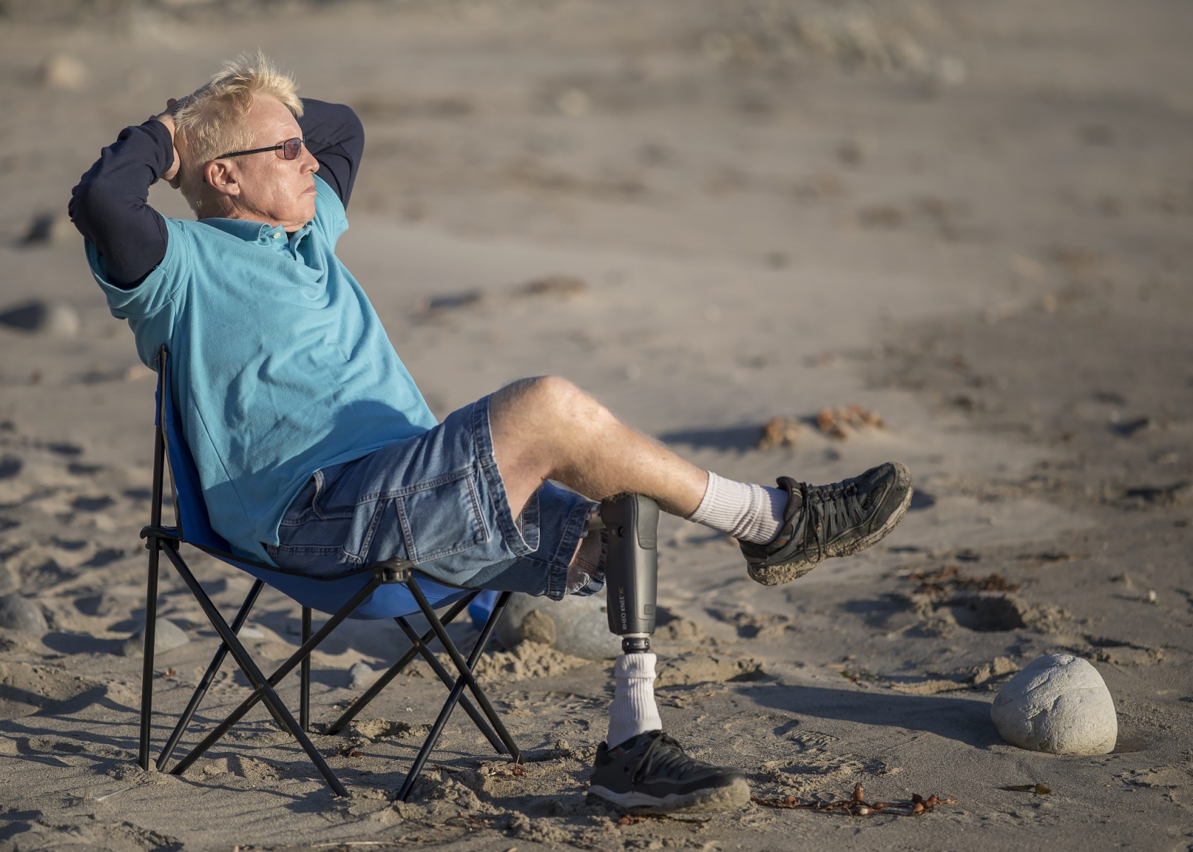 Cedars-Sinai osseointegration patient Chris Rowles enjoys the beach