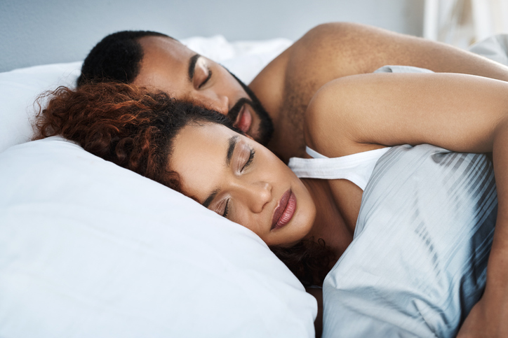 Sports neurologist Vernon Williams, MD, has five tips on how to improve your sleep. Photo by Getty.