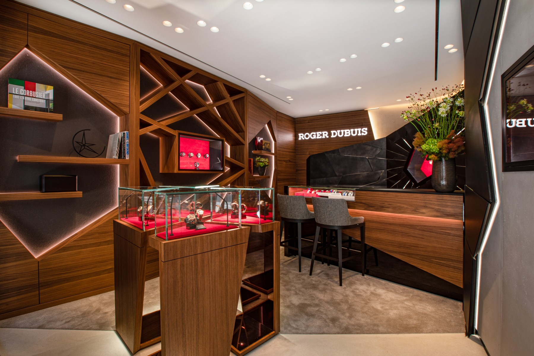 Roger Dubuis 's Bond Street Boutique