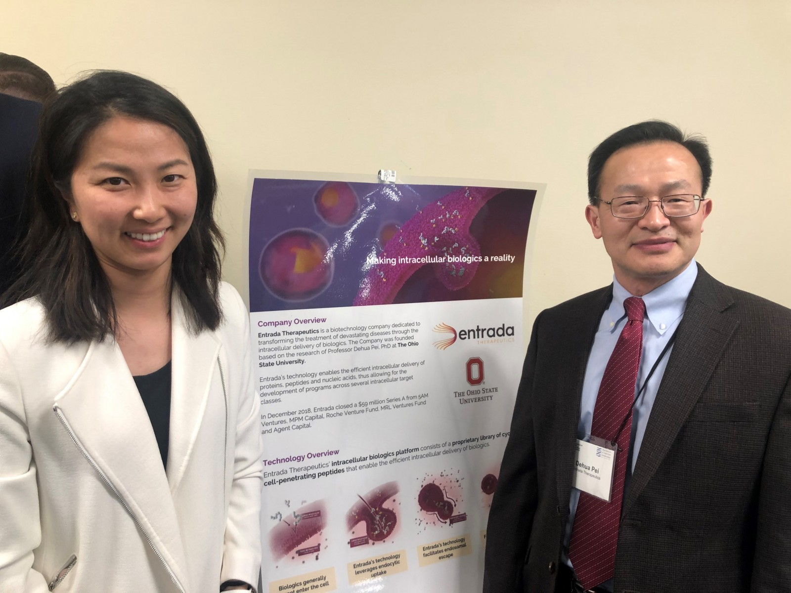 Dehua Pei, right, and Entrada presented at the  2019 University Innovation & Entrepreneurship Showcase