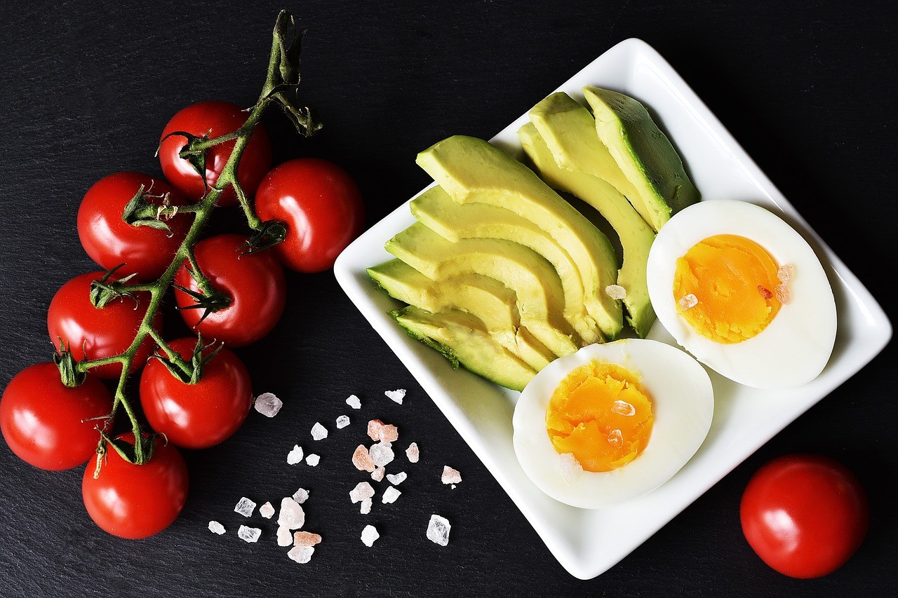 Ketogenic diets are low on carbohydrates, contain moderate protein and rely on fat for satiety