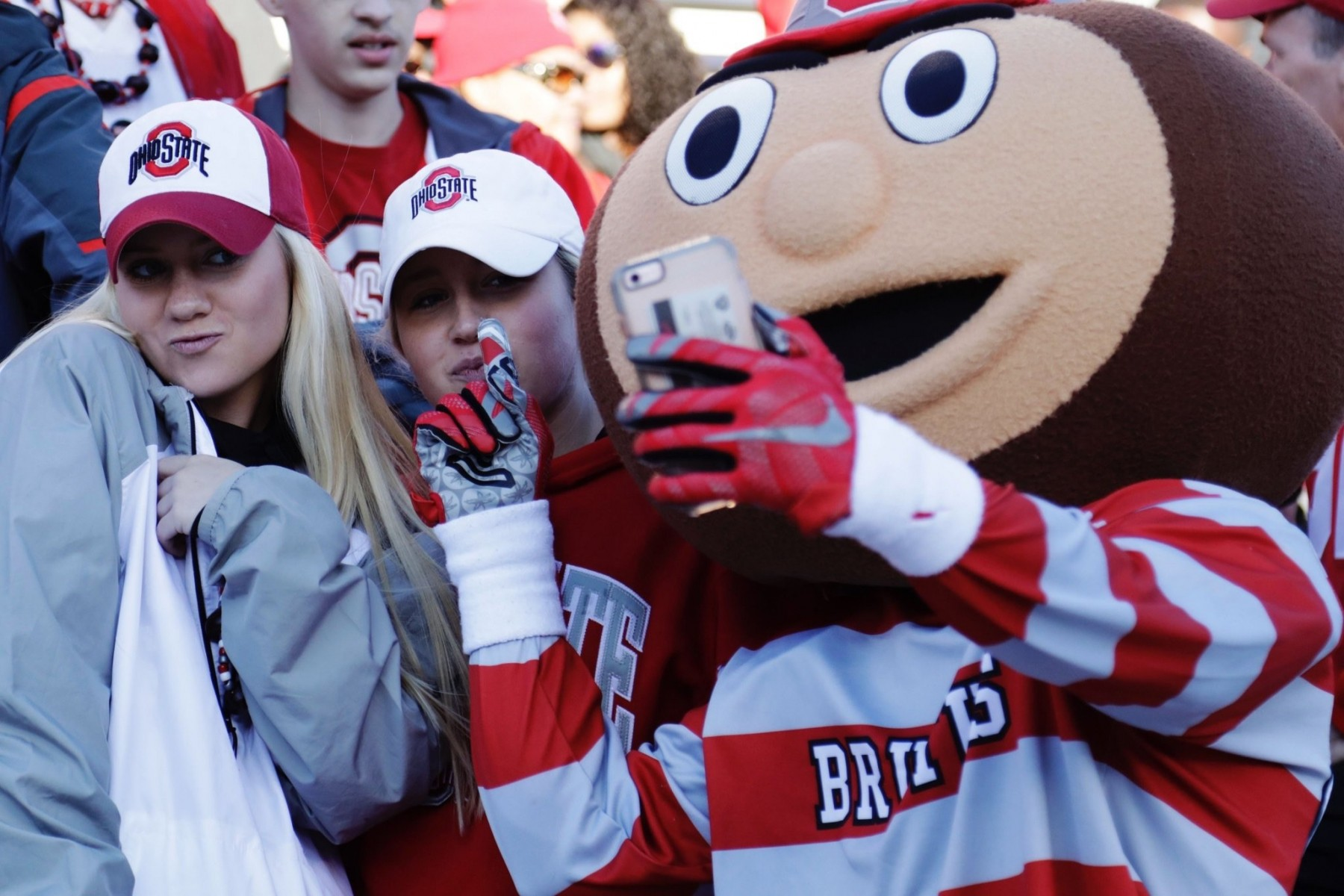 Improved Wi-Fi at Ohio Stadium will boost sevice for fans and Brutus