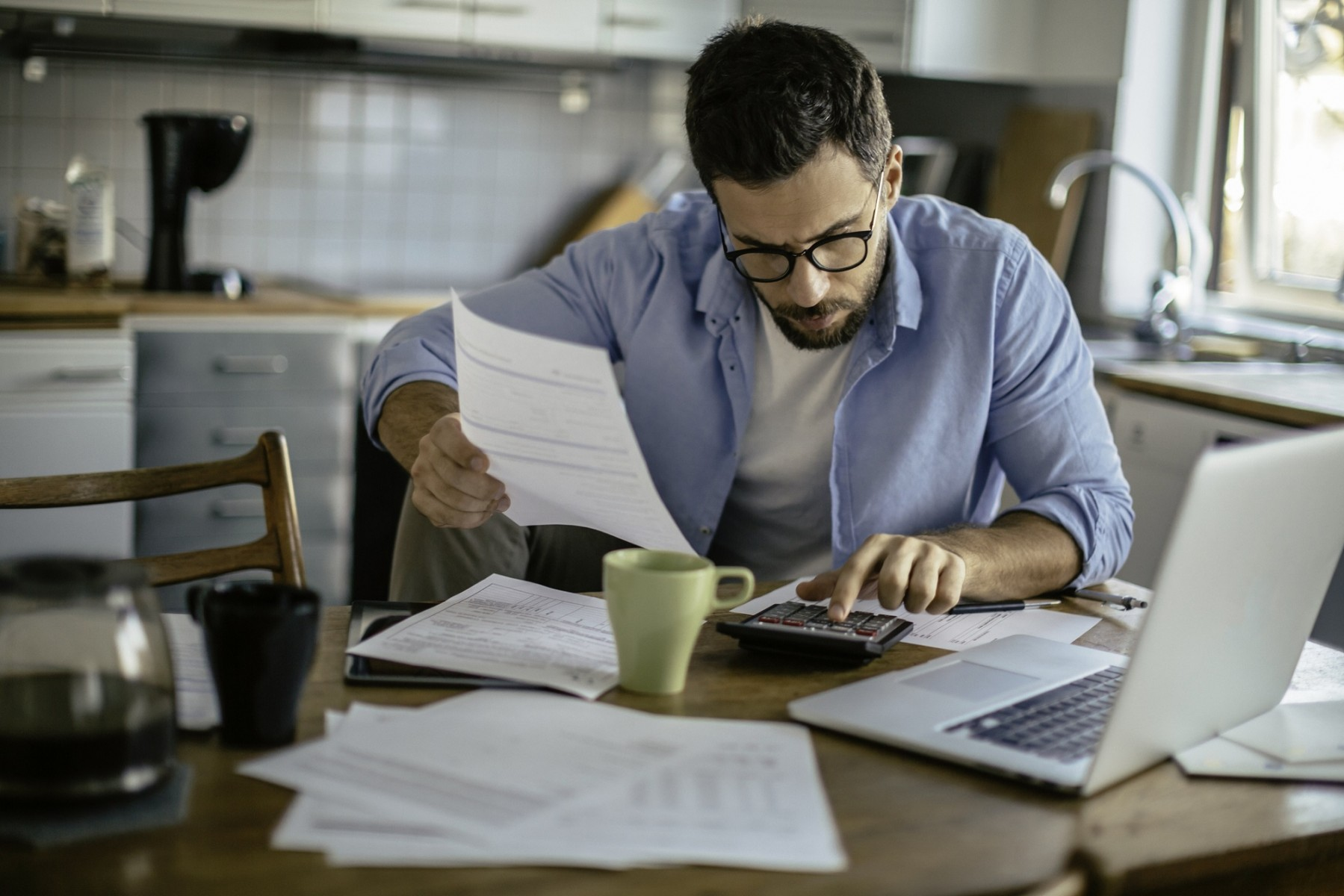 Husbands Still Seen as the Experts on Their Household's Finances