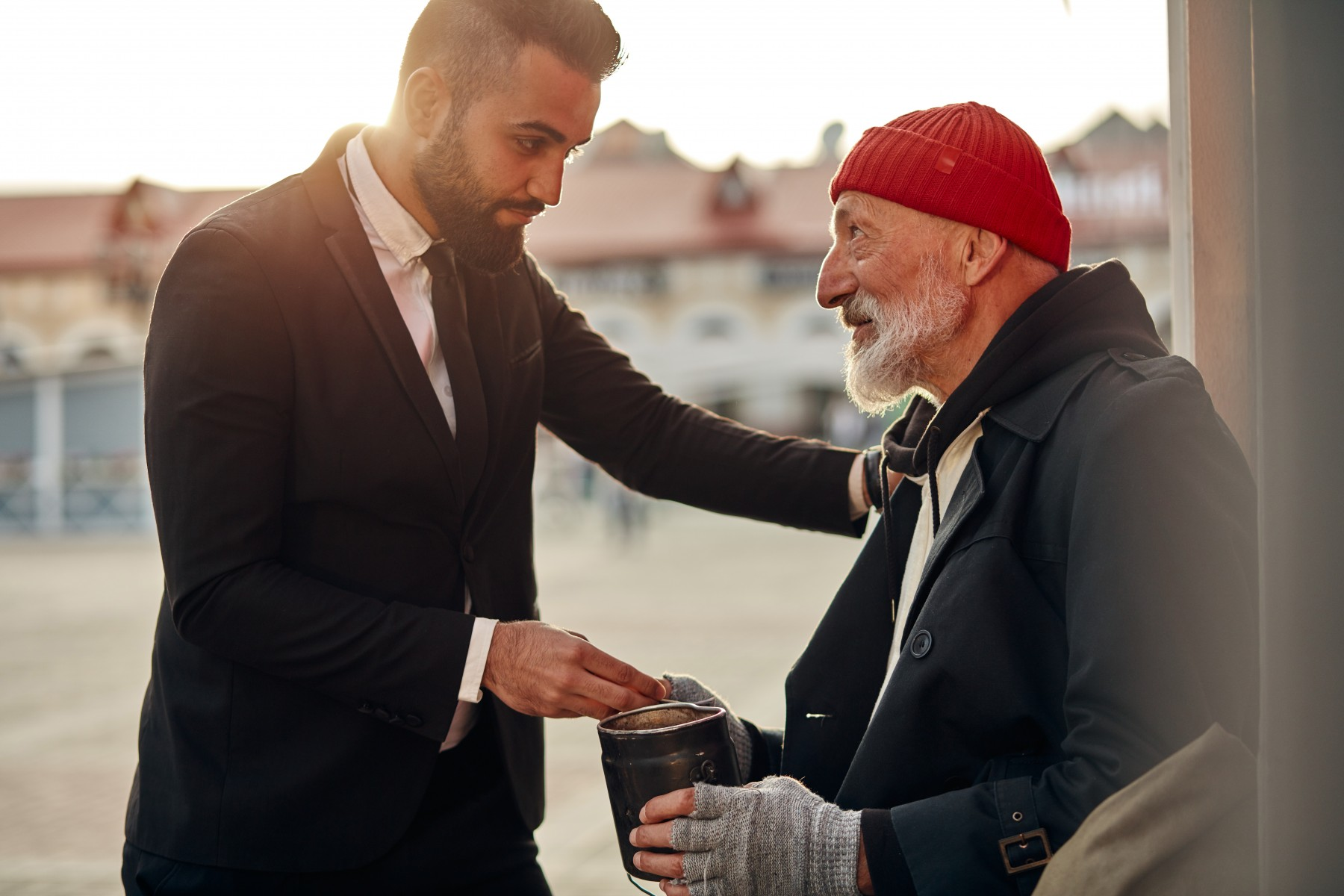 A new study has found that people by and large choose to be generous to others – even to strangers, and even when it costs them something.
