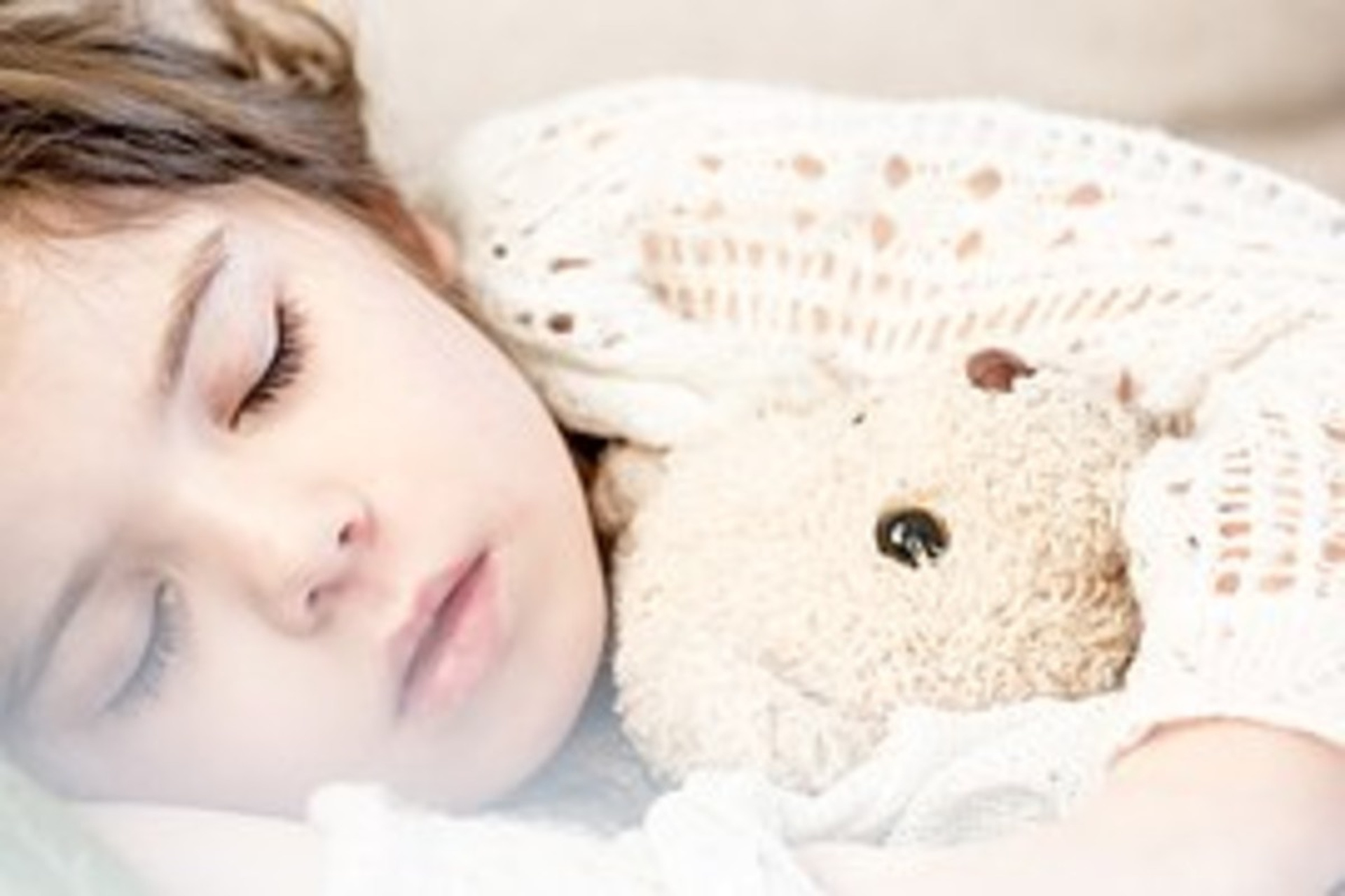The study reinforces the importance of establishing a bedtime routine.