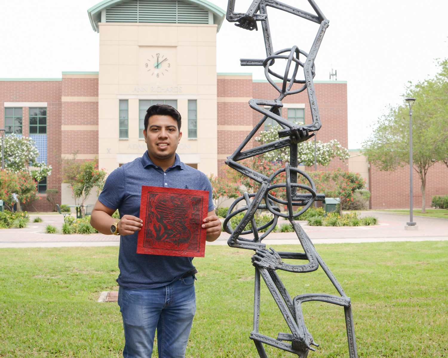 Student of the Week Guillermo Rojas