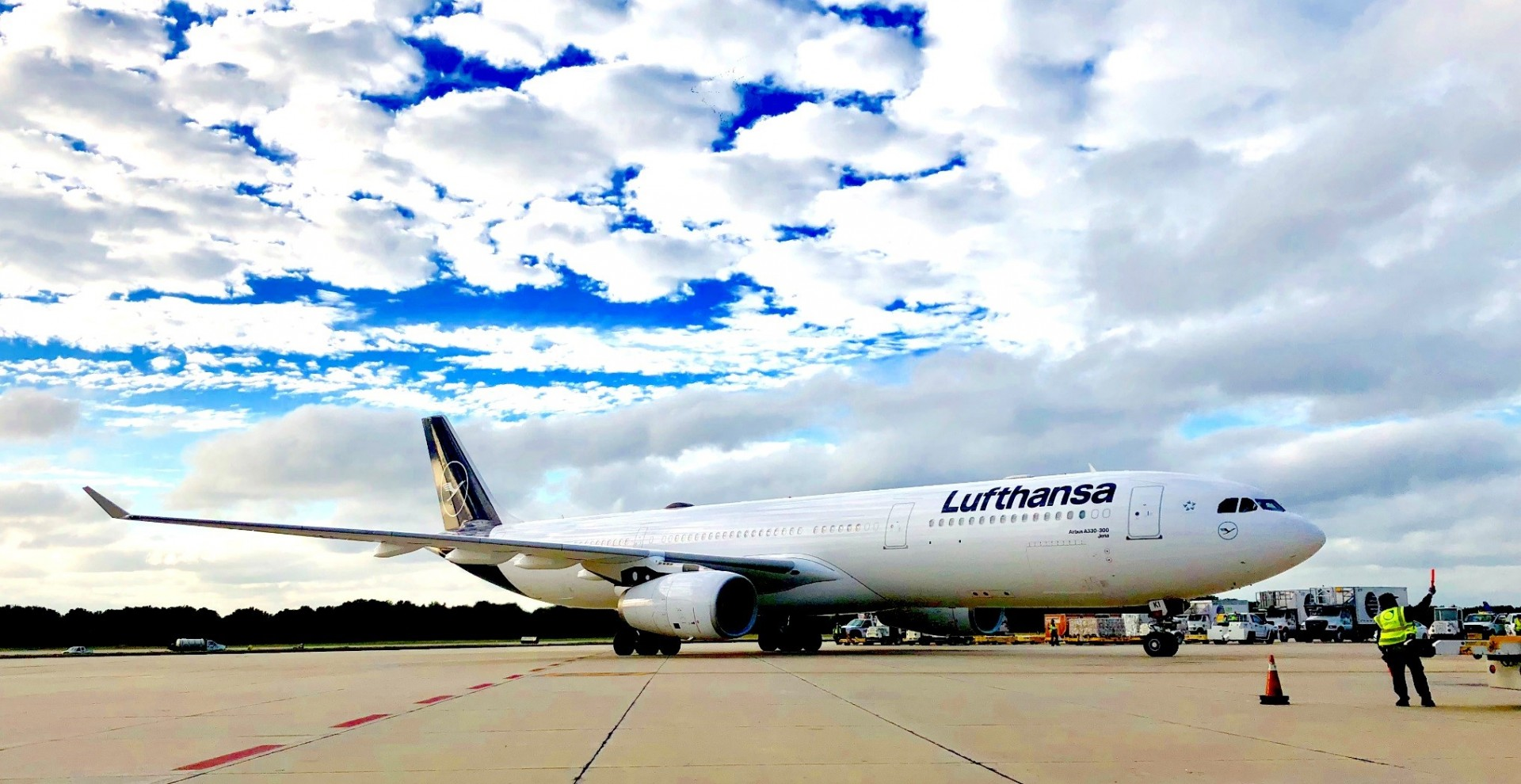 Lufthansa on the airfield