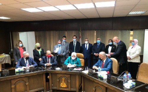 ACWA Power signs final project agreements on 200MW  Kom Ombo PV plant with Egyptian Government