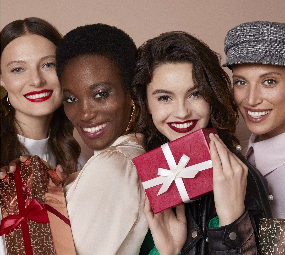 Christmas beauty visual