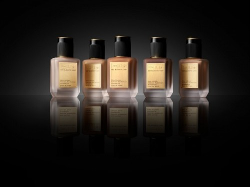 Makeup-product still-pmg-sublime-perfection-foundation-3 - Web Rendition