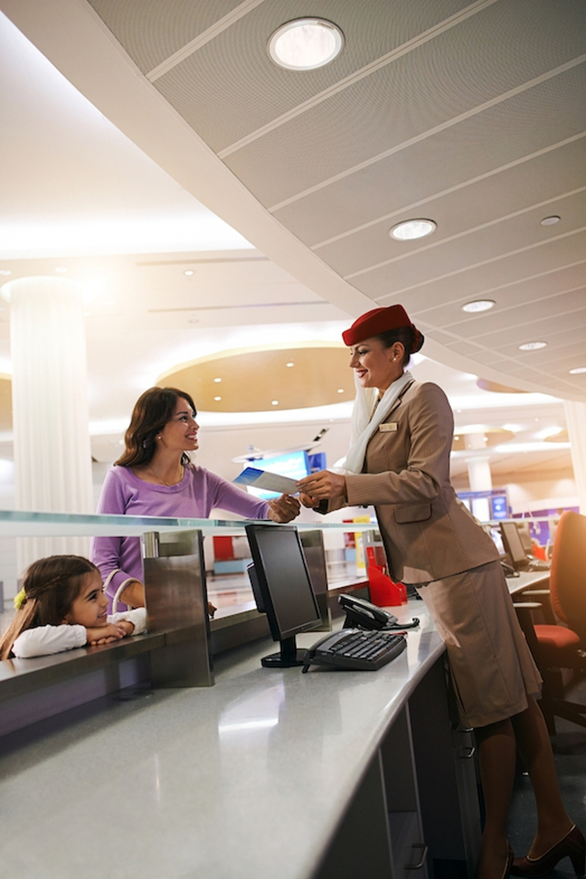 female-emirates-check-in-agent-S-_2_-831070.jpg