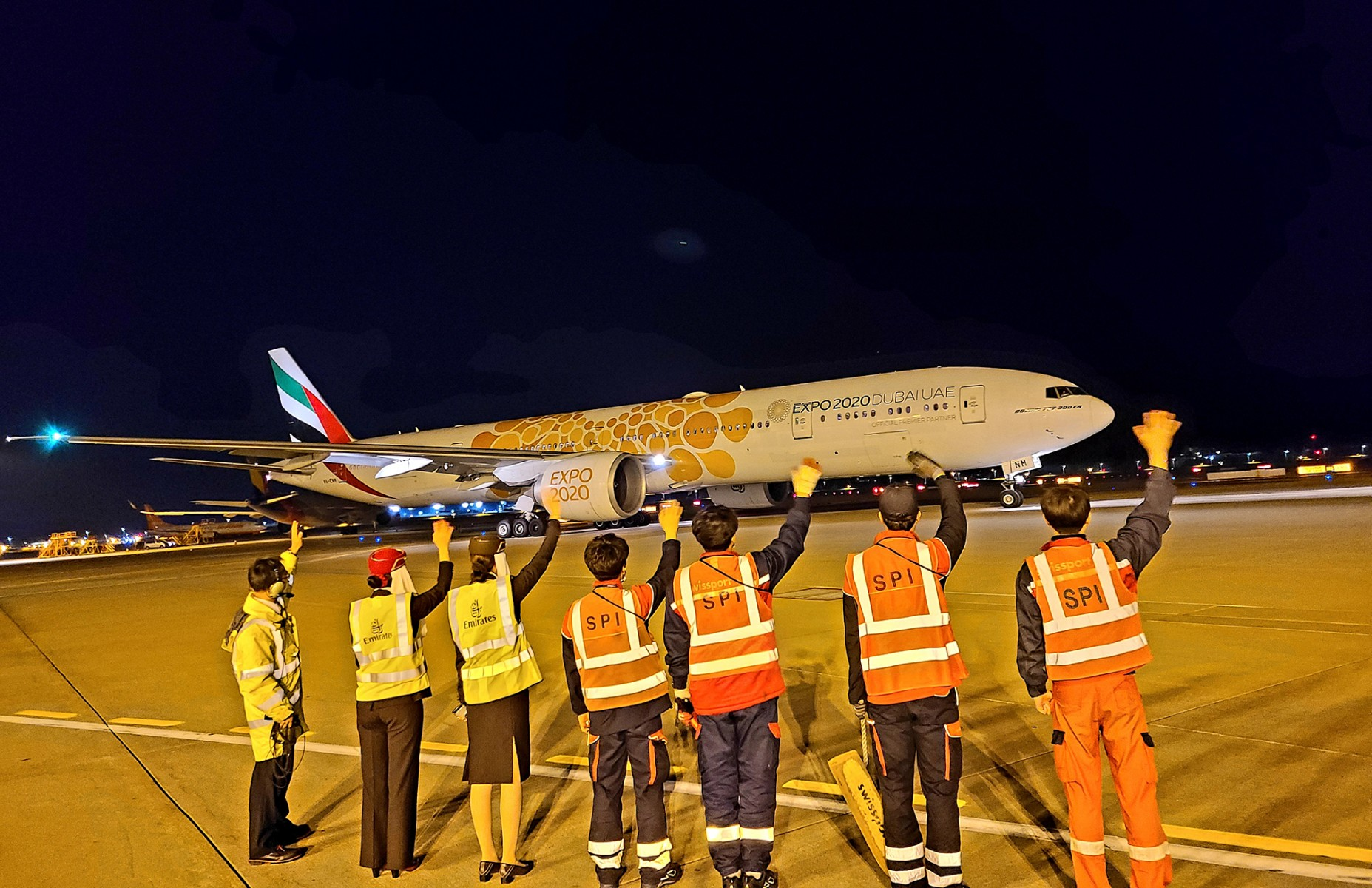 Emirates' outstation airport teams from Seoul devotedly sent of their last passenger flights before the suspension took effect.