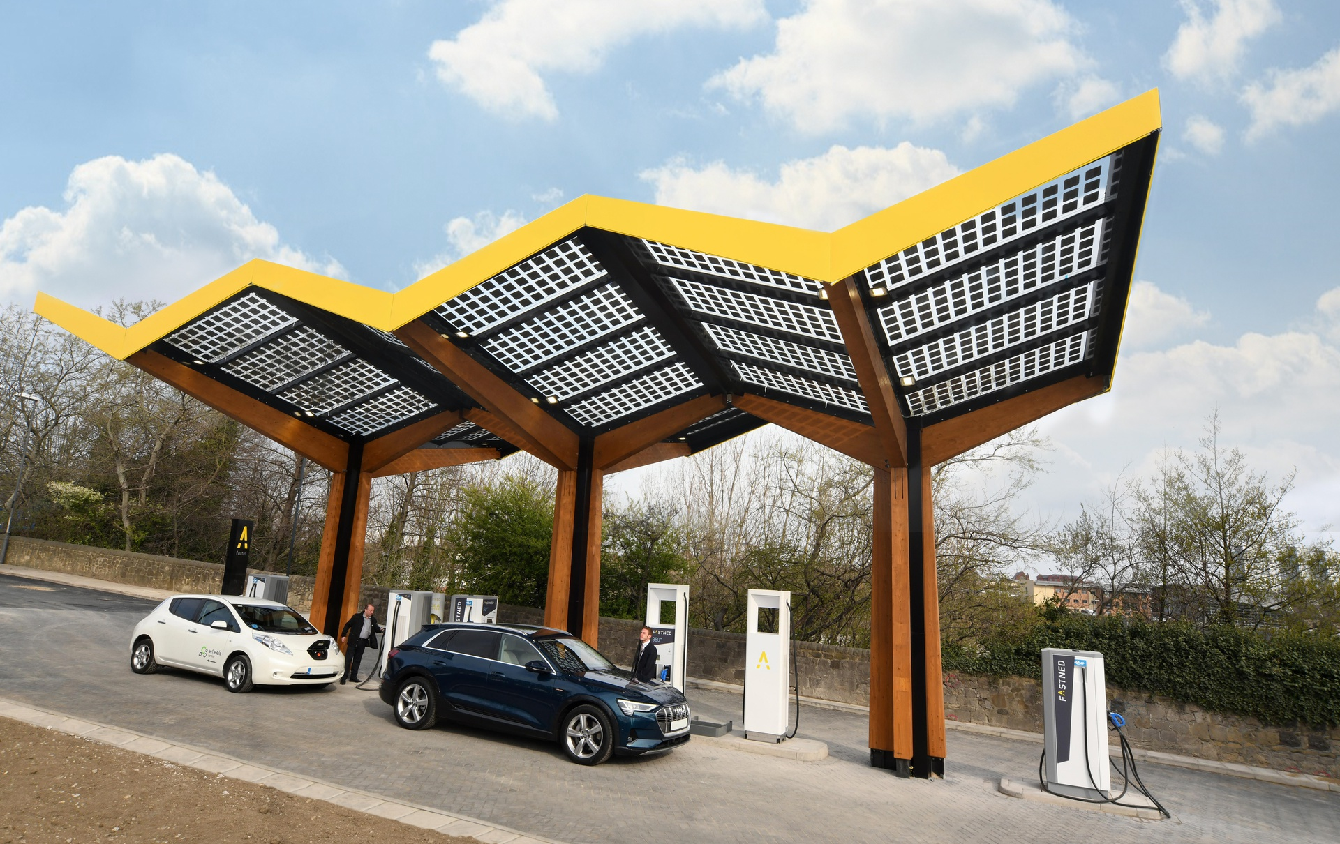 Fastned_first fast charging station_United Kingdom_Sunderland.jpg
