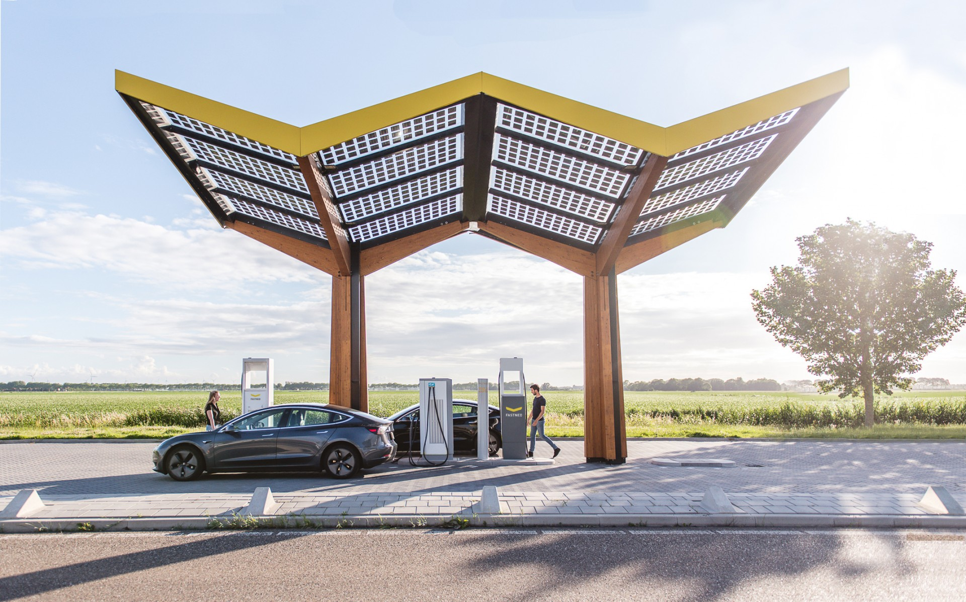 Credit_Fastned_fast charging station_NL