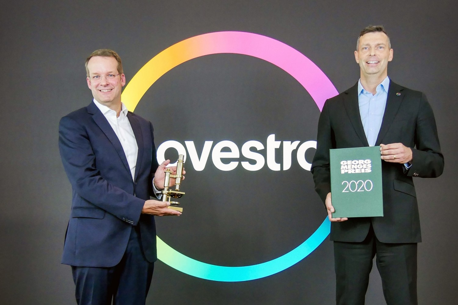 20200909-Covestro-CEO-receives-georg-menges-prize-Pic