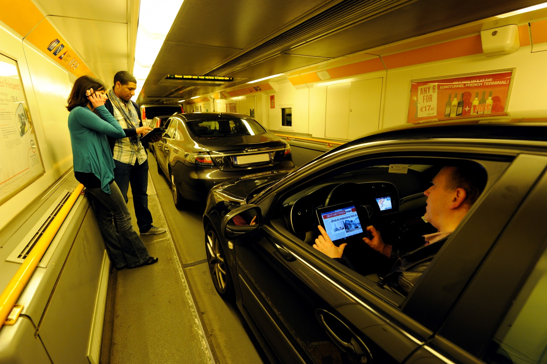 Passengers using 4G from EE in the Channel Tunnel