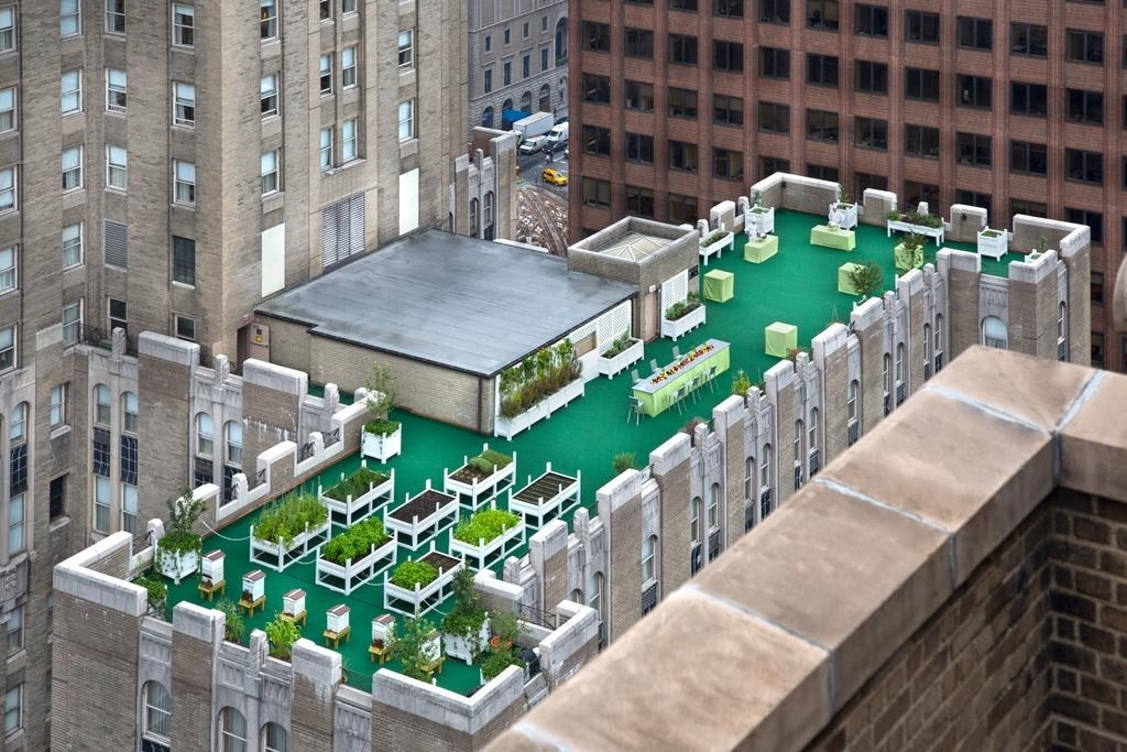 14. Waldorf Astoria_Green Roof_photo cred - Booking.com