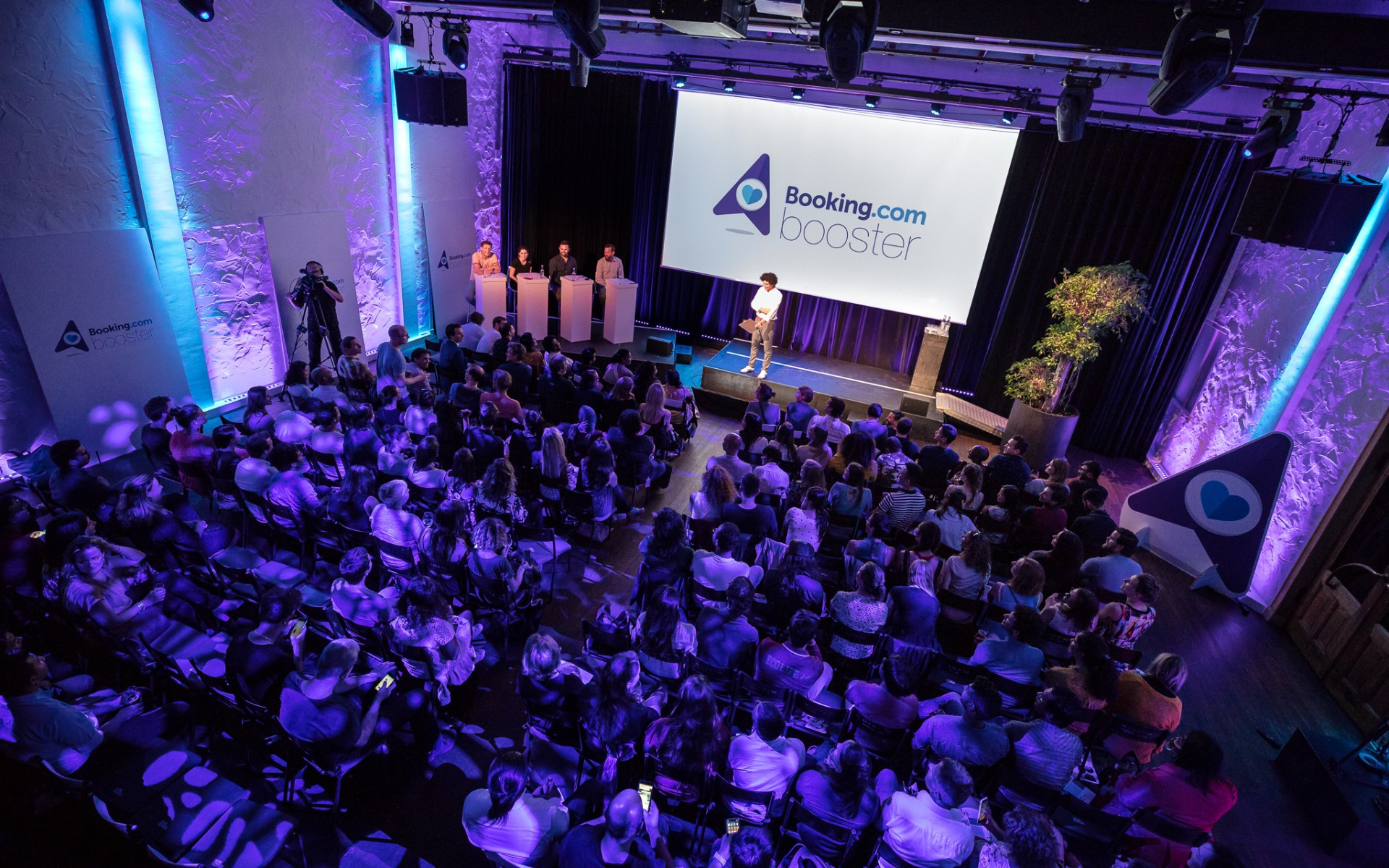 Booking Booster 2018 Final Pitch Event ©Floris Heuer