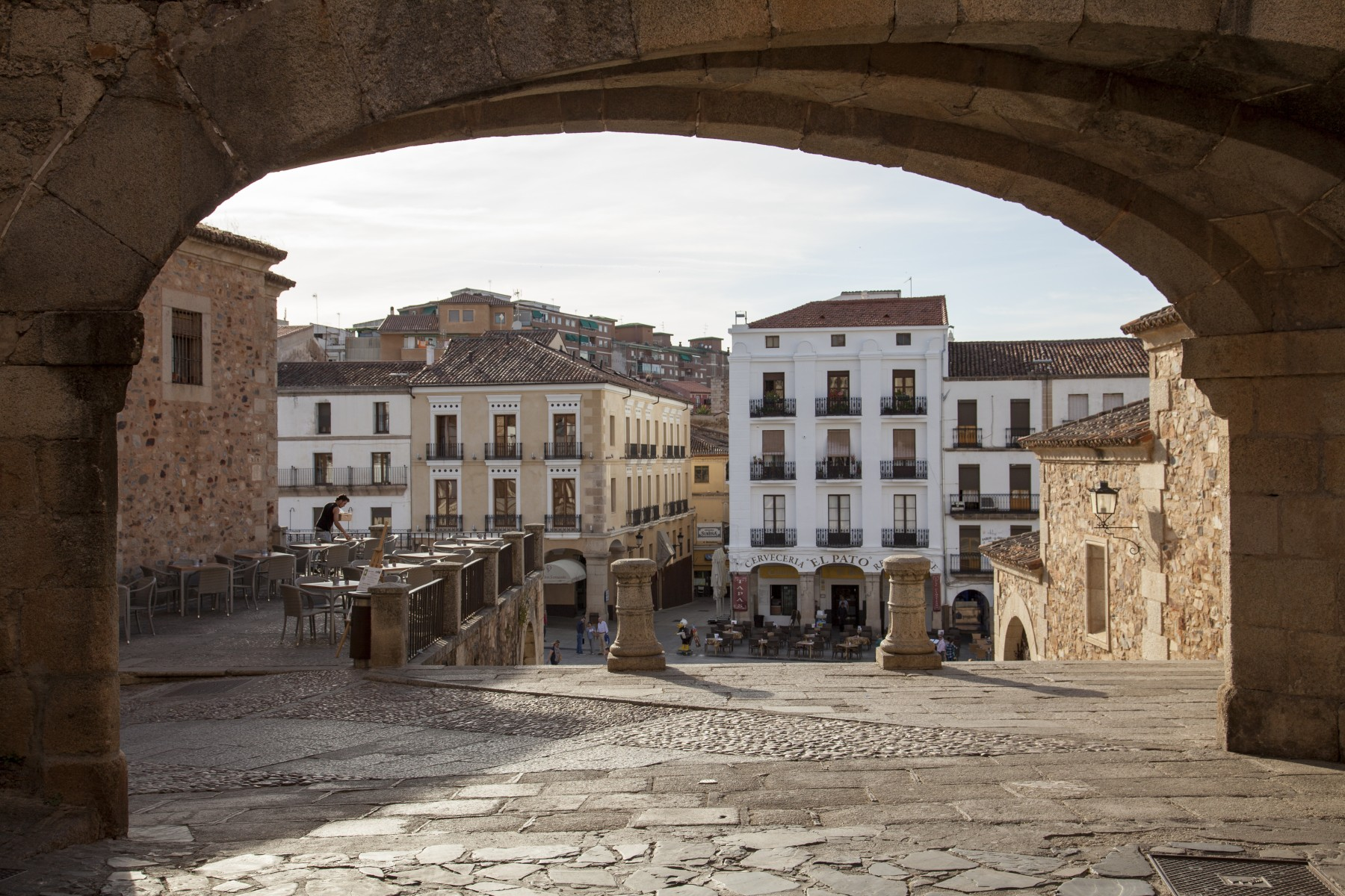 Caceres (arch of la estrela on plaza mayor)