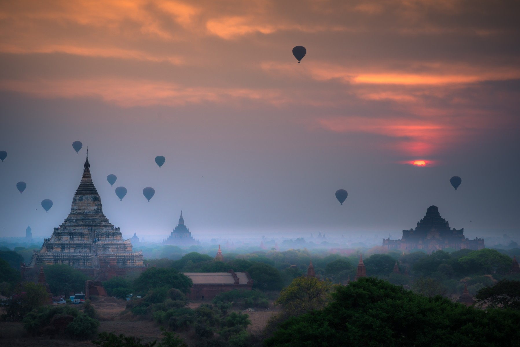 Hot air balloon over plain of Bagan