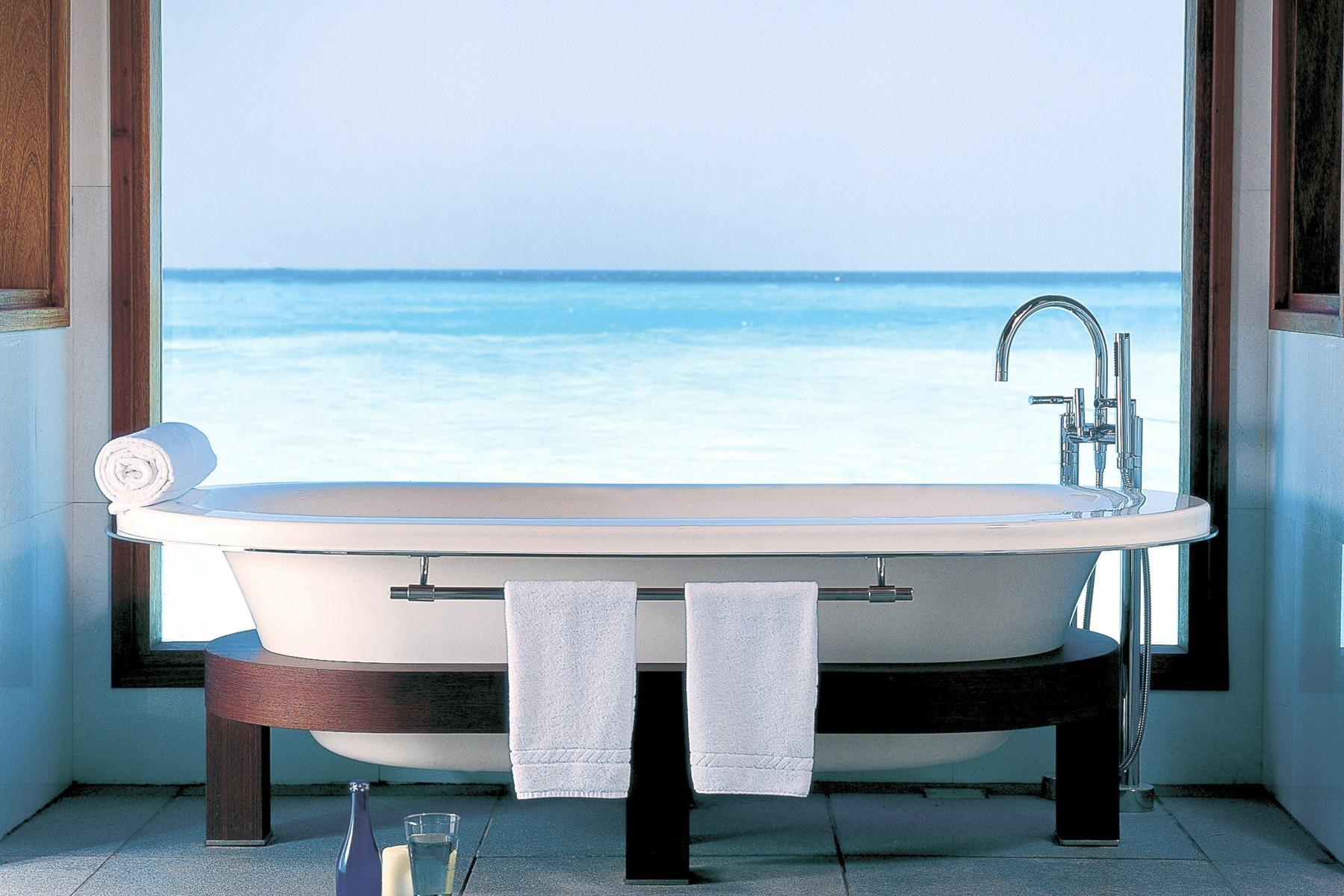 Una vista da favola tra le mille bolle blu 8 bagni davvero irresistibili - Bagno da favola ...