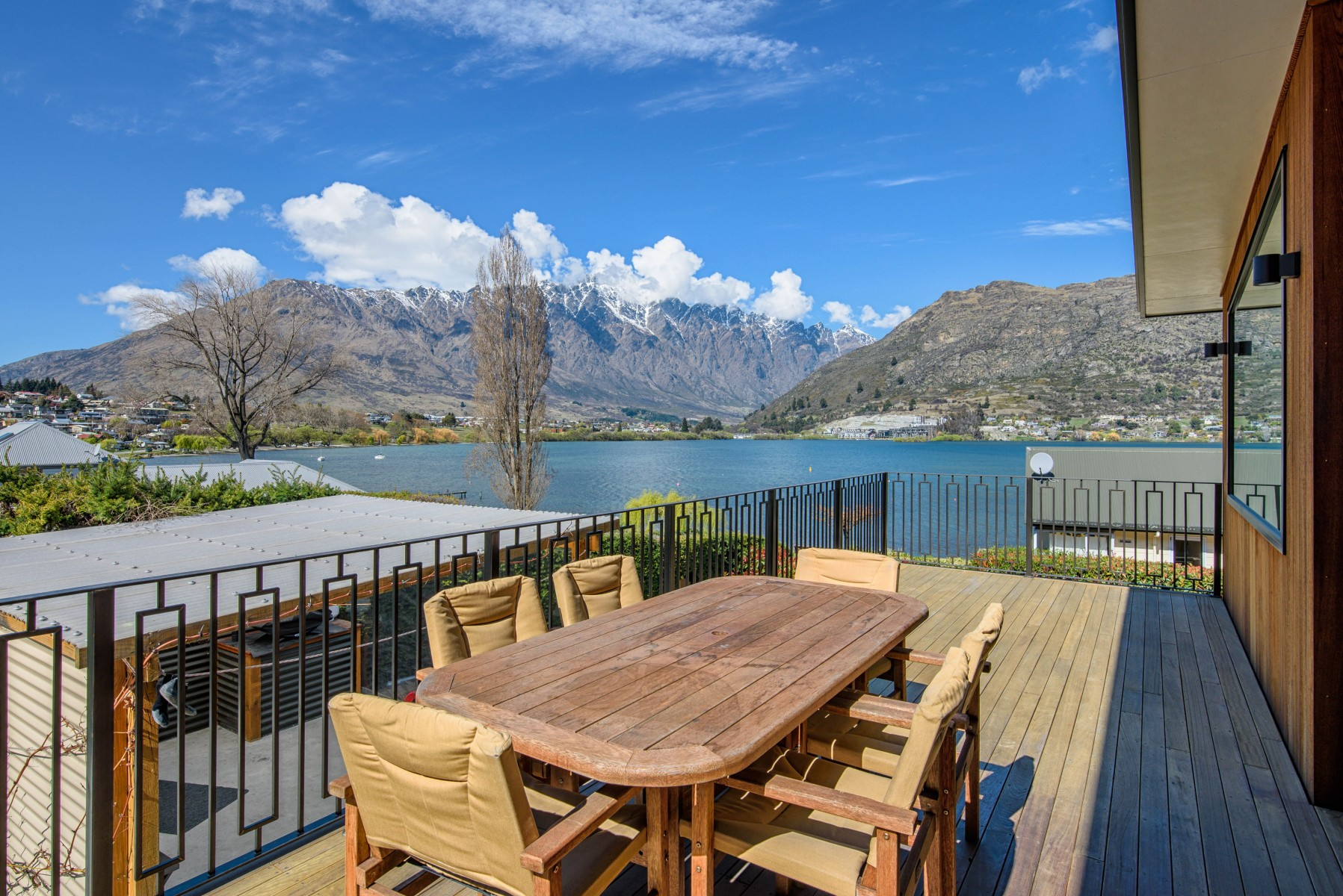 The Lake House Queenstown