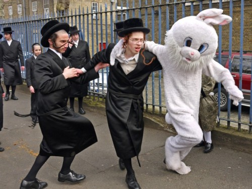 Purim Stamford Hill credit Alan Denney