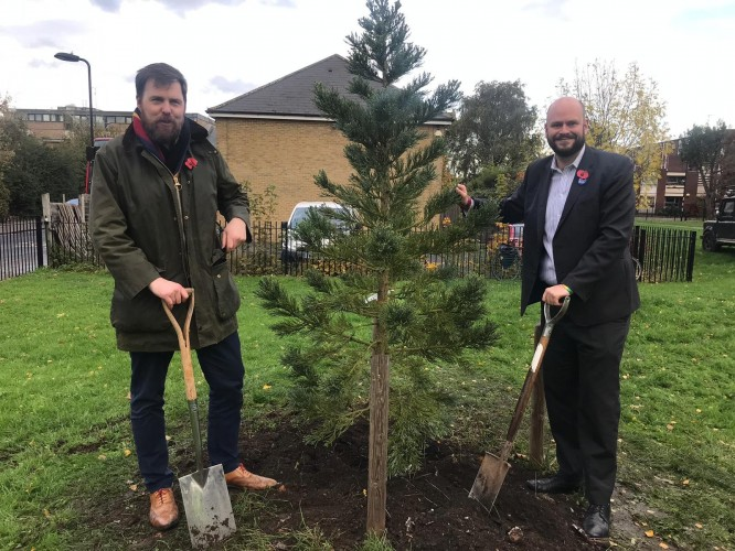 Cllr Jon Burke and Mayor of Hackney, Philip Glanville, planting the first of the 6,000 new trees