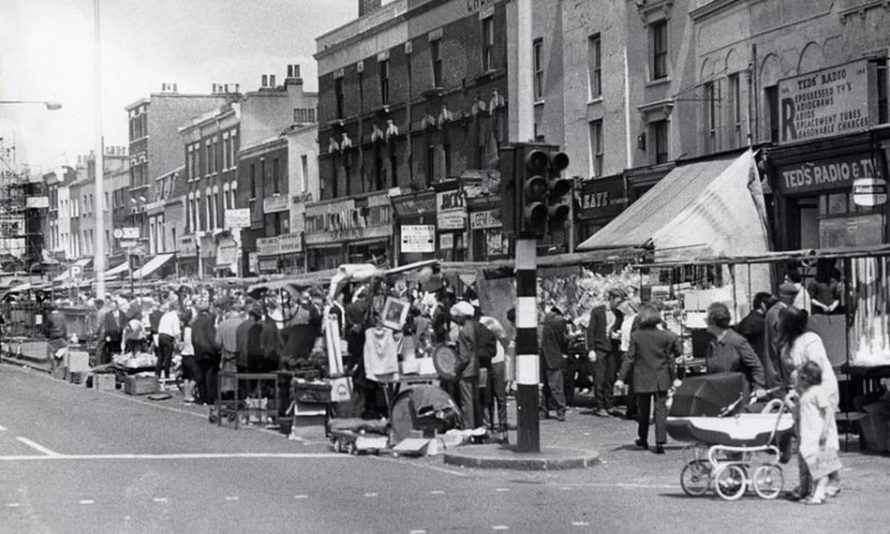 The Kingsland Waste Market in the 60s credit Hackney Archives 4