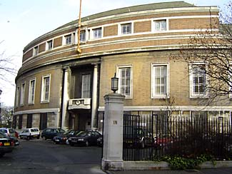 stoke_newington_municipal_offices.jpg